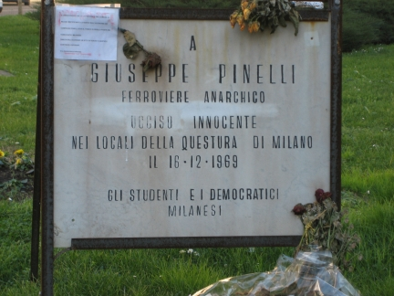 lapide pinelli