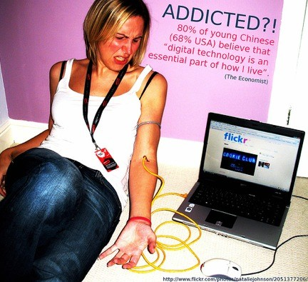 Addicted to the web_Hannes Treichl