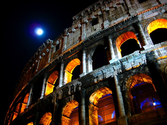 Il Colosseo at night with the moon_beggs.jpg