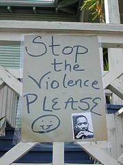 Stop the violence! - Flickr: Editor B
