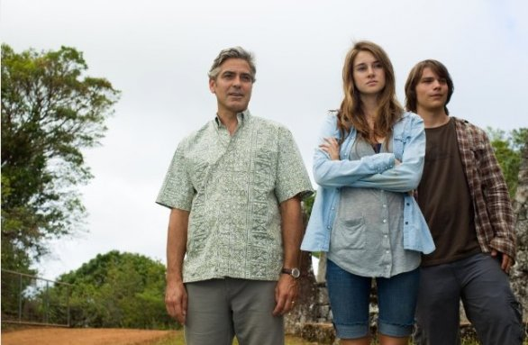 George Clooney, Shailene Woodley and Nick Krause in Paradiso amaro