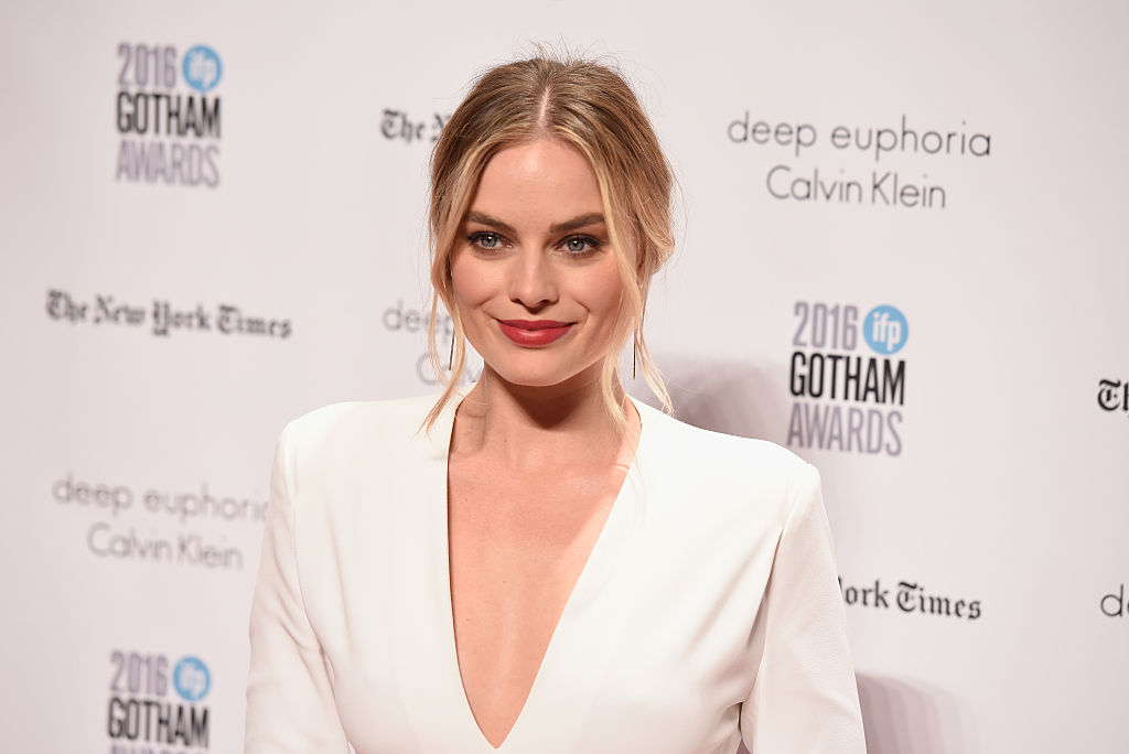 NEW YORK, NY - NOVEMBER 28: Margot Robbie attends IFP's 26th Annual Gotham Independent Film Awards at Cipriani, Wall Street on November 28, 2016 in New York City. (Photo by Matthew Eisman/Getty Images for IFP)