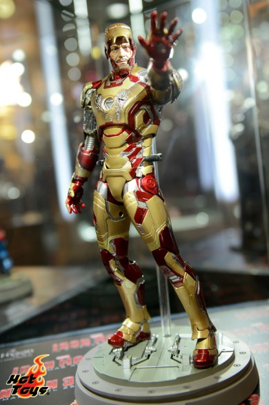 Iron Man Mark 42  Sideshow Collectibles