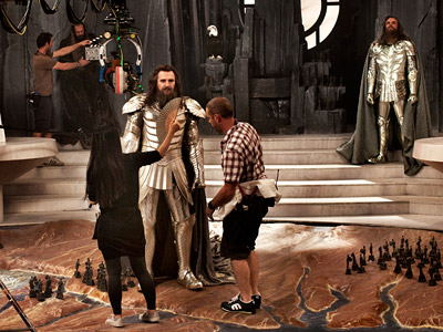 liam neeson nei panni di zeus sul set di clash of the titans le foto. Black Bedroom Furniture Sets. Home Design Ideas