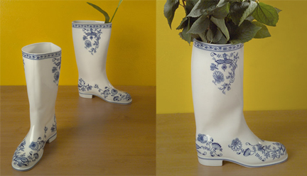 waterproof porcelain vase by Maxim Velcovsky