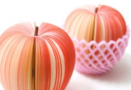 Accessori per l'Estate: Kudamemo, sticky notes a forma di frutta.