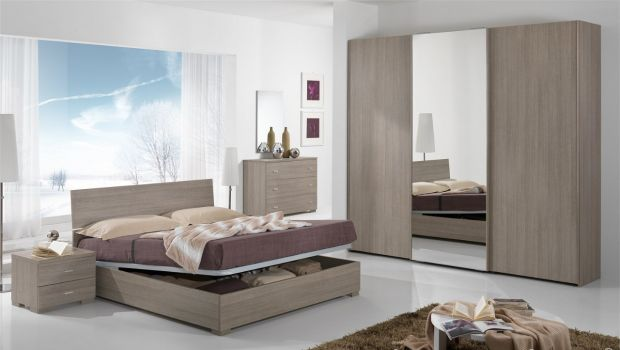 Camere da letto catalogo mondo convenienza camera da for Arredamenti low cost
