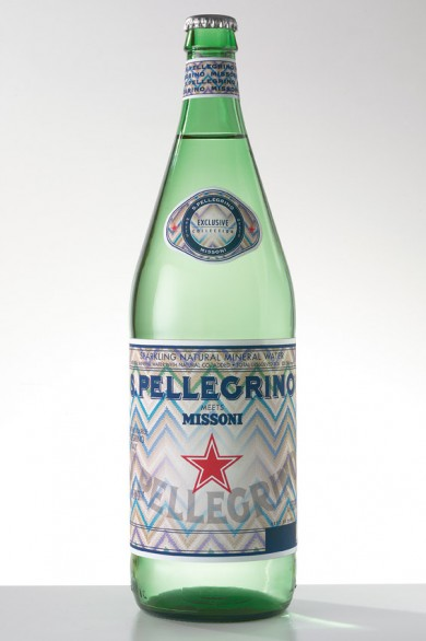Il packaging  dell'acqua San Pellegrino firmato Missoni
