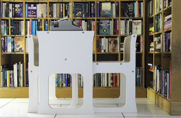 Teanest Compact Table and Chairs by Jody Leach