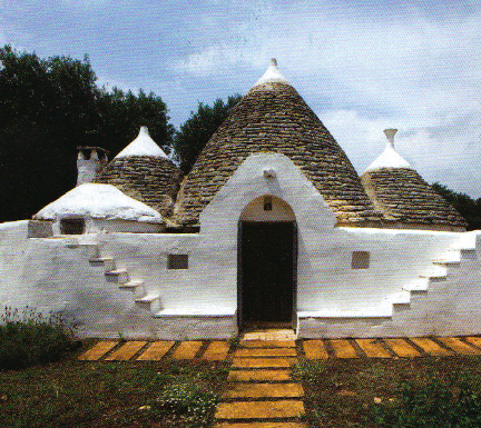 Un trullo come casa per le vacanze for Idee per arredare un trullo