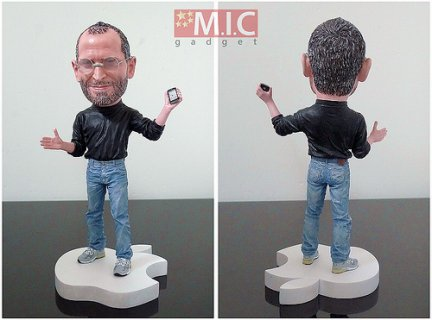 La action figure di Steve Jobs