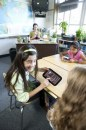 Studybook: il tablet rugged e minimale di Intel per le scuole
