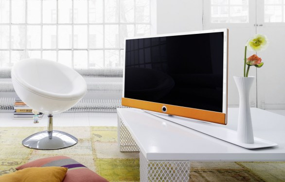 loewe connect id le smart tv 3d personalizzabili sul proprio carattere. Black Bedroom Furniture Sets. Home Design Ideas