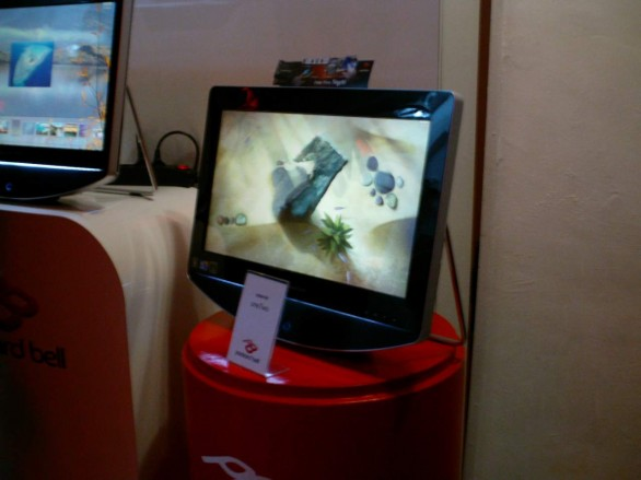 Packard Bell oneTwo