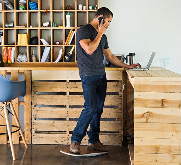 The Level, piattaforma instabile per standing desk