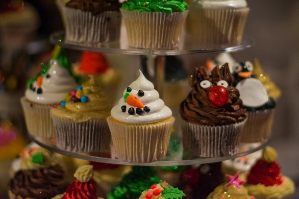 Cupcake decorati per natale ecco i pi belli for Appartamenti decorati per natale