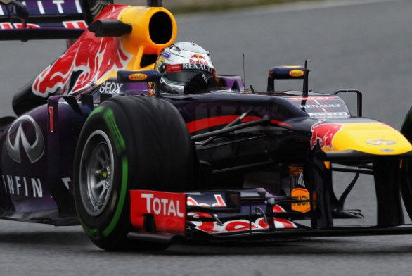 red bull vettel barcellona day 2