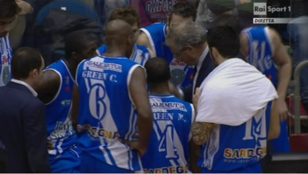 Time-out Sassari a 21 secondi dalla fine