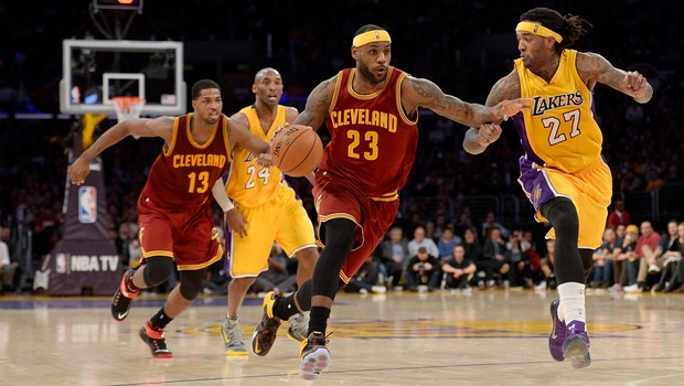 Cleveland Cavaliers v Los Angeles Lakers