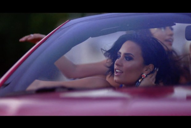 demi-lovato-cool-for-the-summer-music-video.jpg