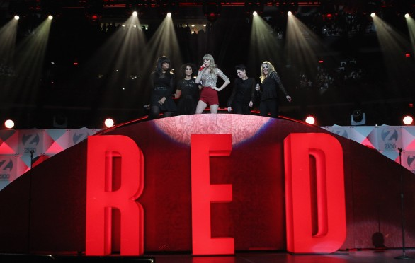 Red-Taylor-Swift-recensioni