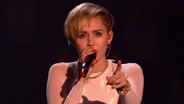 wrecking-ball-ema-2013
