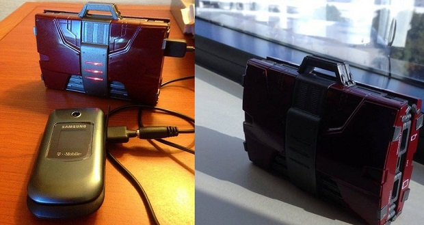 Iron Man 2 - Mark V Suitcase Mobile Fuel Cell