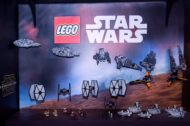 lucca comics games lego star wars stand